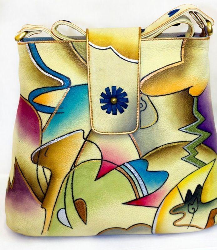 сумка от Изабеллы росселини